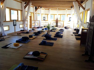 Dojo Meditationshalle Tamanga